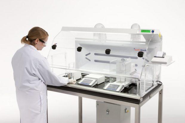 poste de pesée sécurisée pour labo et entreprise