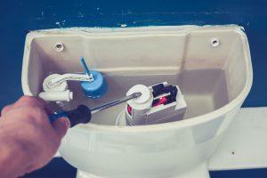 Comment changer chasse d'eau encastrable ?