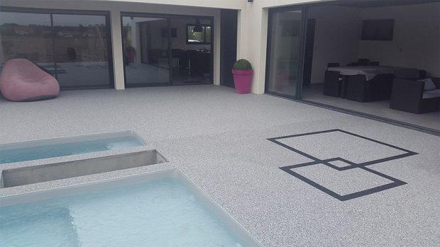 construction de la piscine privée