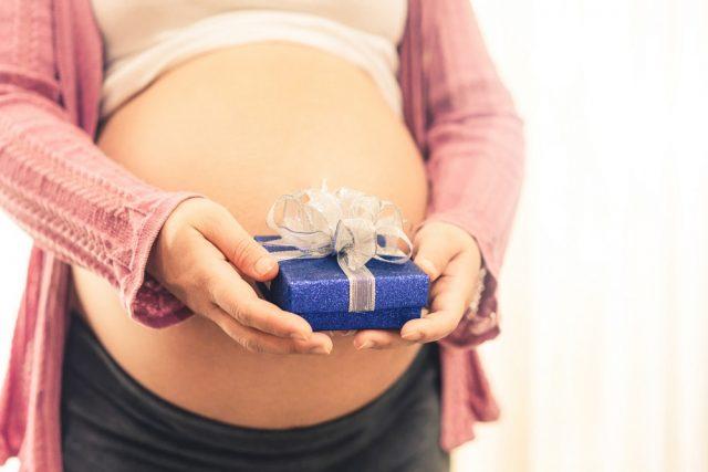 Cadeaux de naissance originaux : 10 idées à découvrir