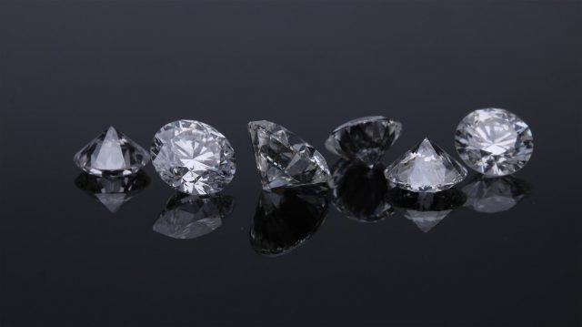 Pourquoi acheter un diamant en ligne ?